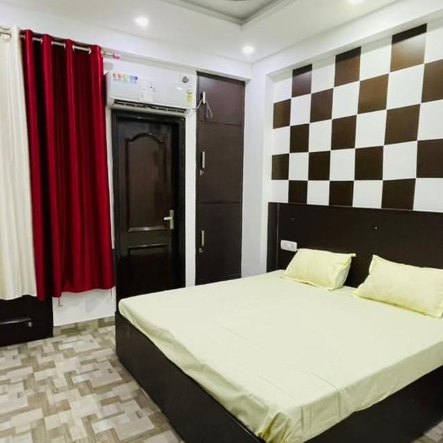 1 BHK 1632 Sq.Ft. Apartment in Gaur Grandeur