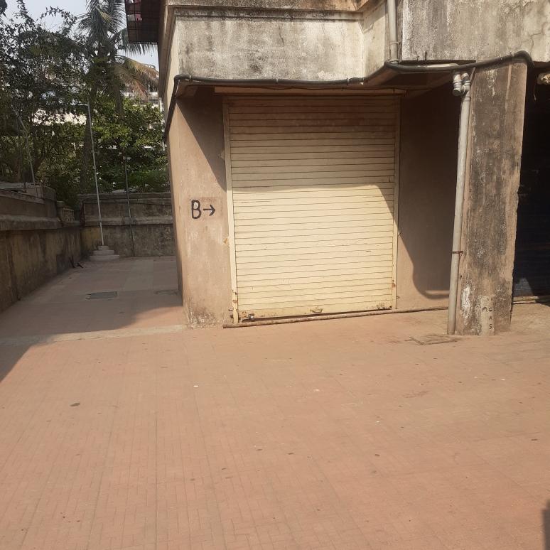 220 Sq.Ft. Retail Shop in Yamuna CHS