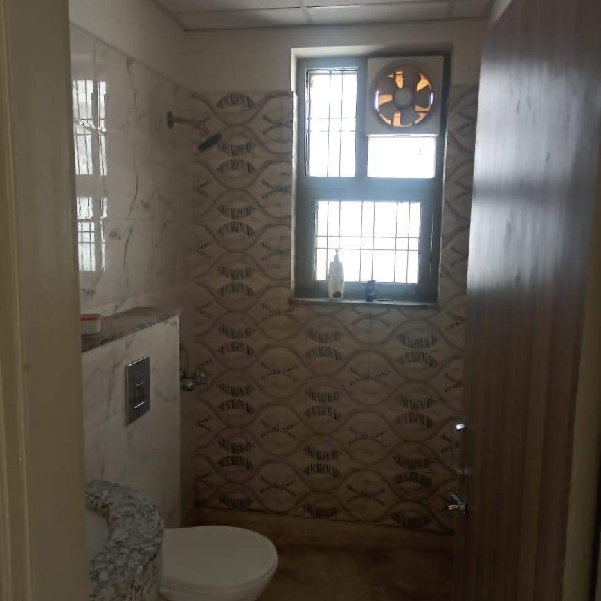bathroom-Picture-sector-46-2623962