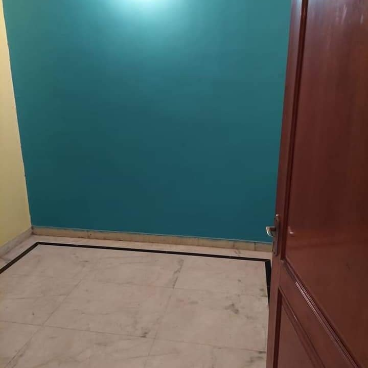 room-Picture-sector-15-2624008