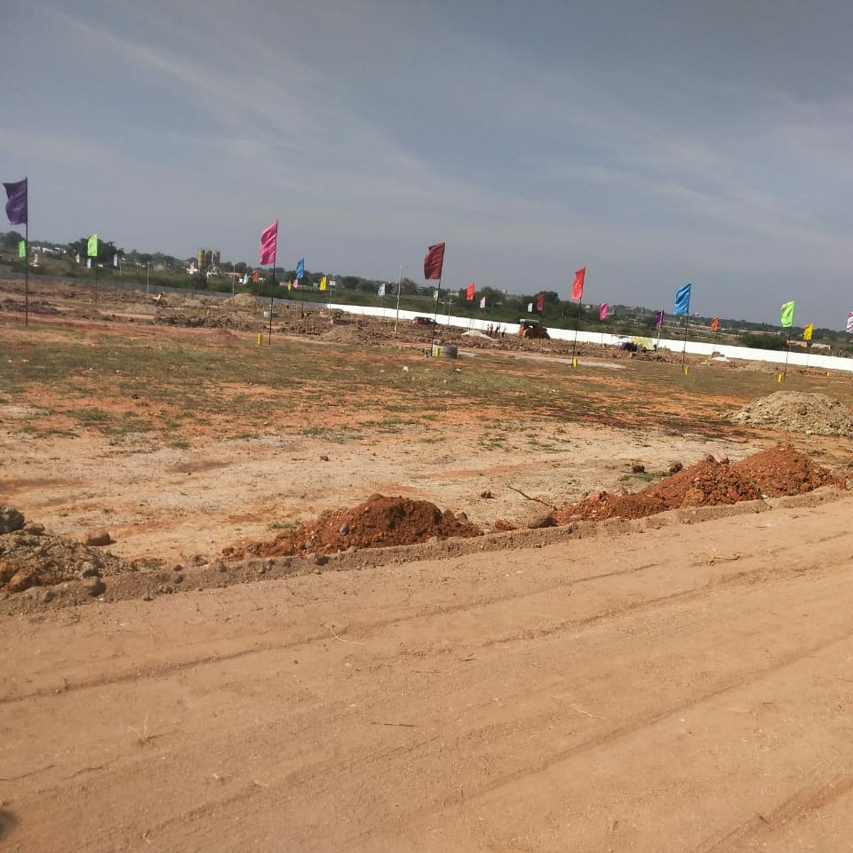200 Sq.Yd. Plot in Kadthal