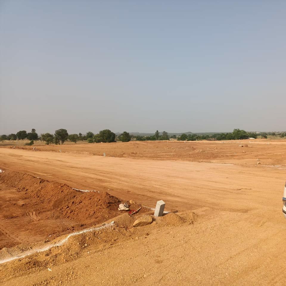 203 Sq.Yd. Plot in Kadthal