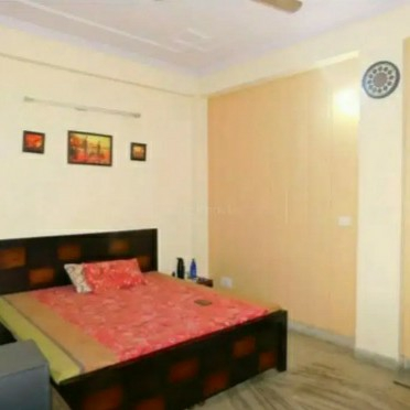Property-Cover-Picture-bank-enclave-2639374