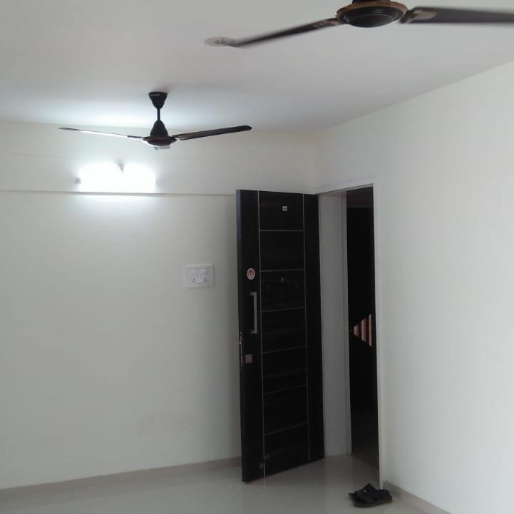 2.5 BHK 1095 Sq.Ft. Apartment in Akshar Silver Crest