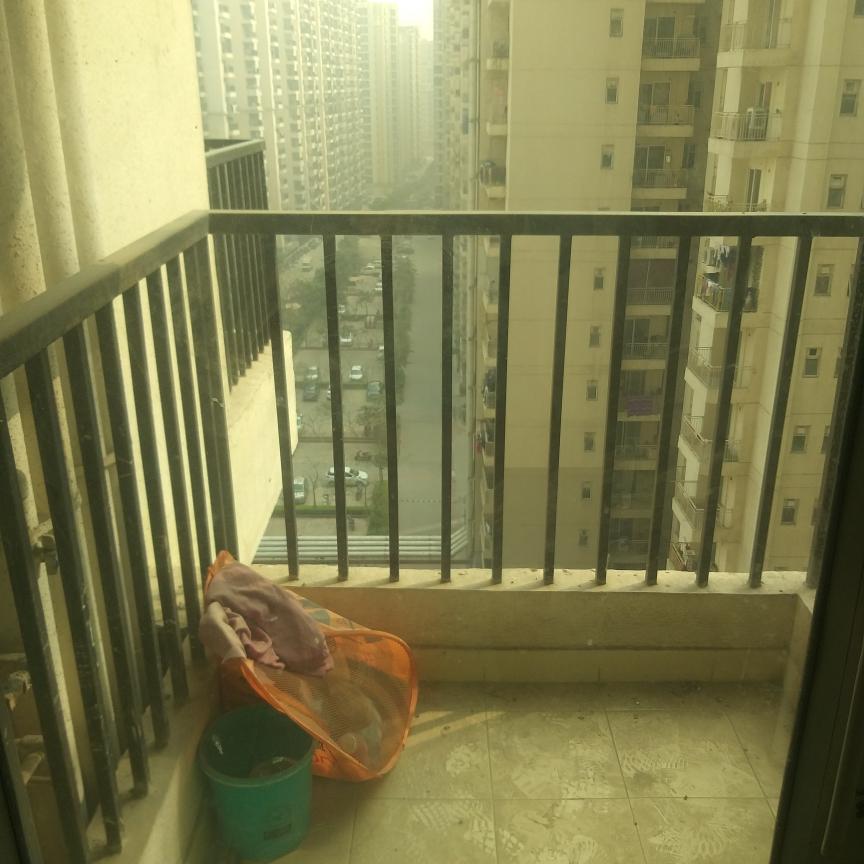 exterior-view-Picture-gaur-city-2-12th-avenue-2650853