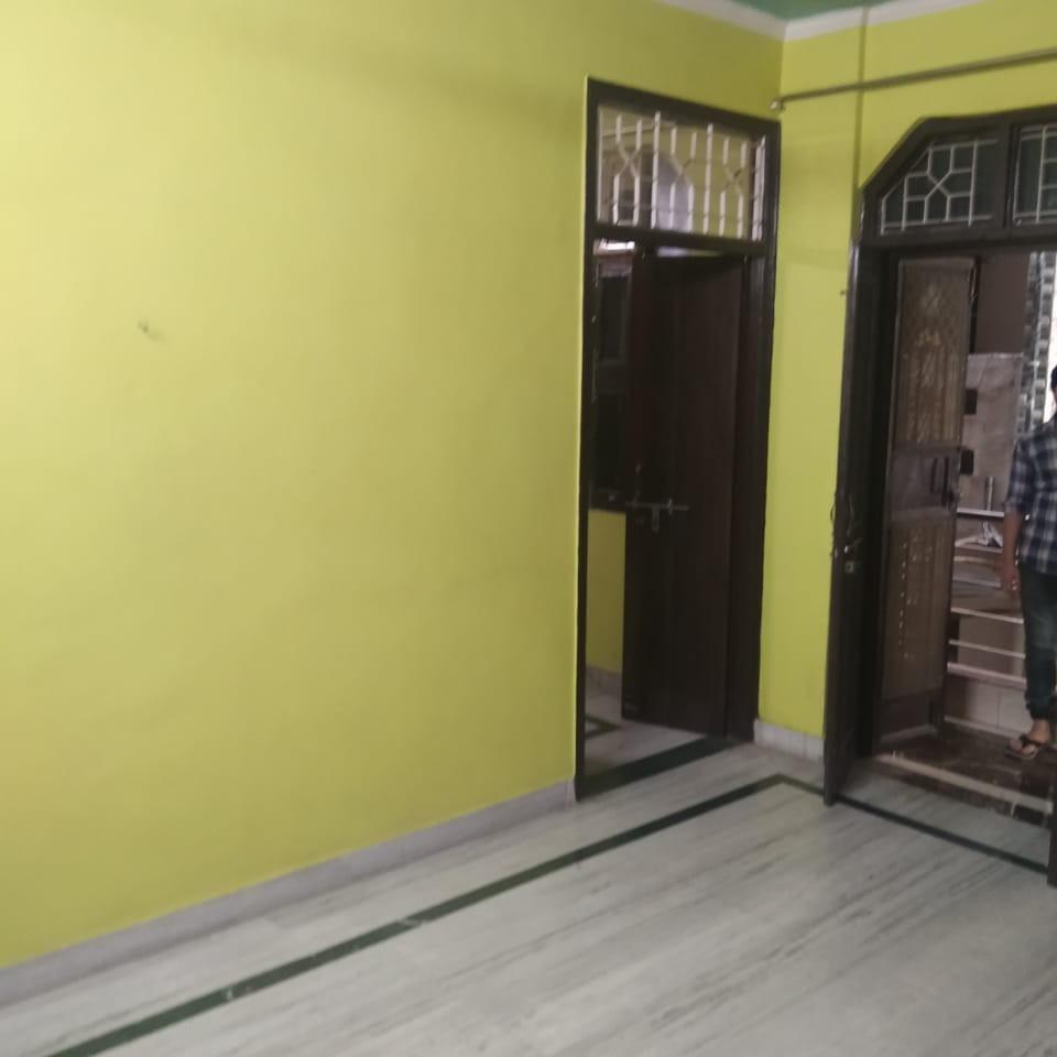 1.5 BHK 550 Sq.Ft. Builder Floor in B Block