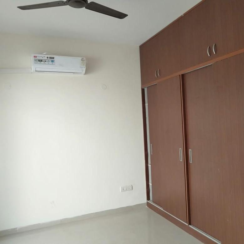 Property-Cover-Picture-m3m-latitude-2704620