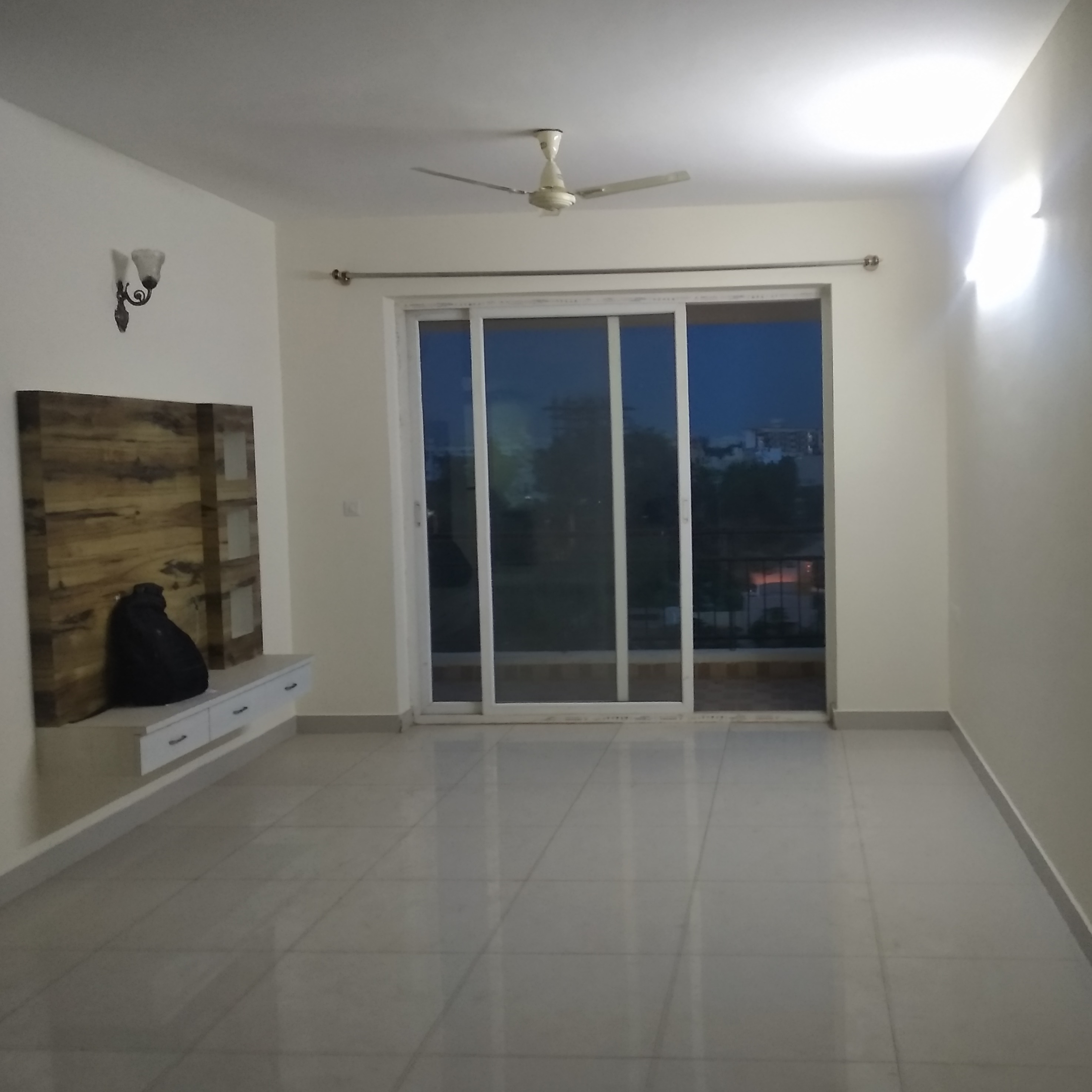 Property-Cover-Picture-rs-lakeview-2706278