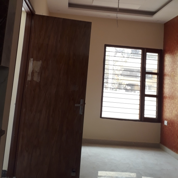 Property-Cover-Picture-zirakpur-2735061