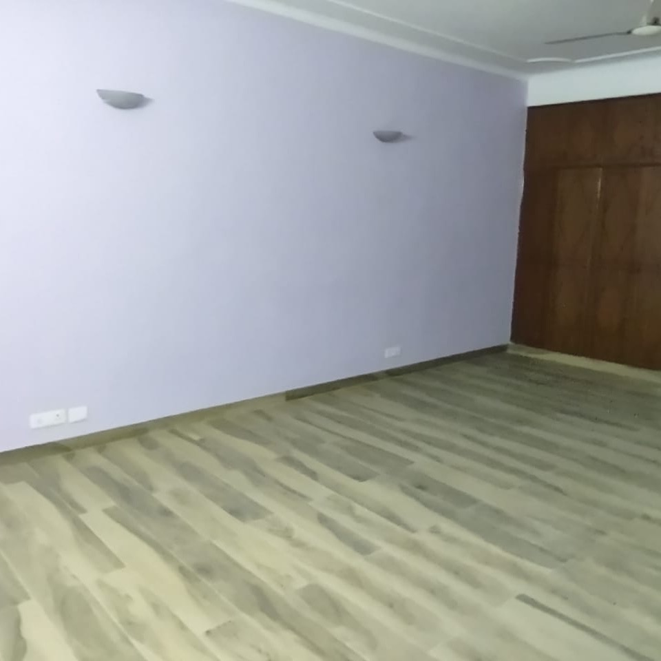 Property-Cover-Picture-rwa-apartments-sector-41-2738397