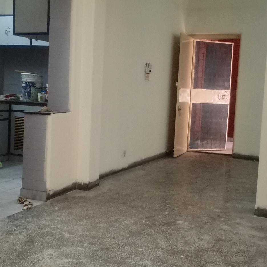 Property-Cover-Picture-sarita-vihar-mig-flats-2743813