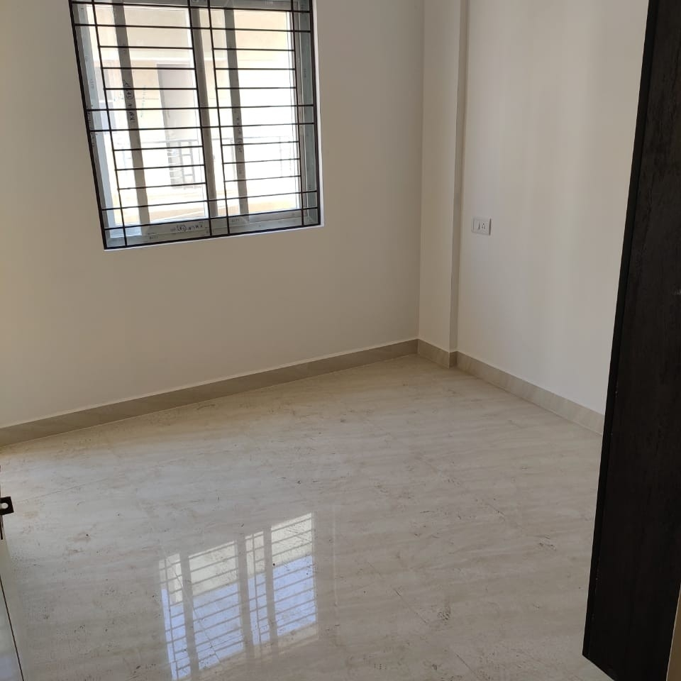 Property-Cover-Picture-munnekollal-2781486