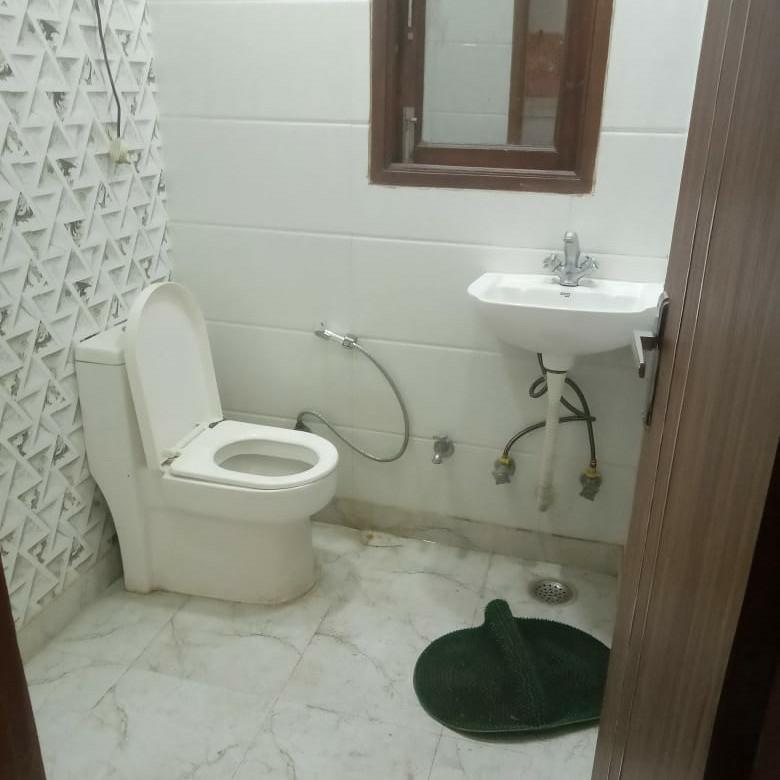Property-Cover-Picture-rwa-kalkaji-dda-flats-block-16-to-19-2786114