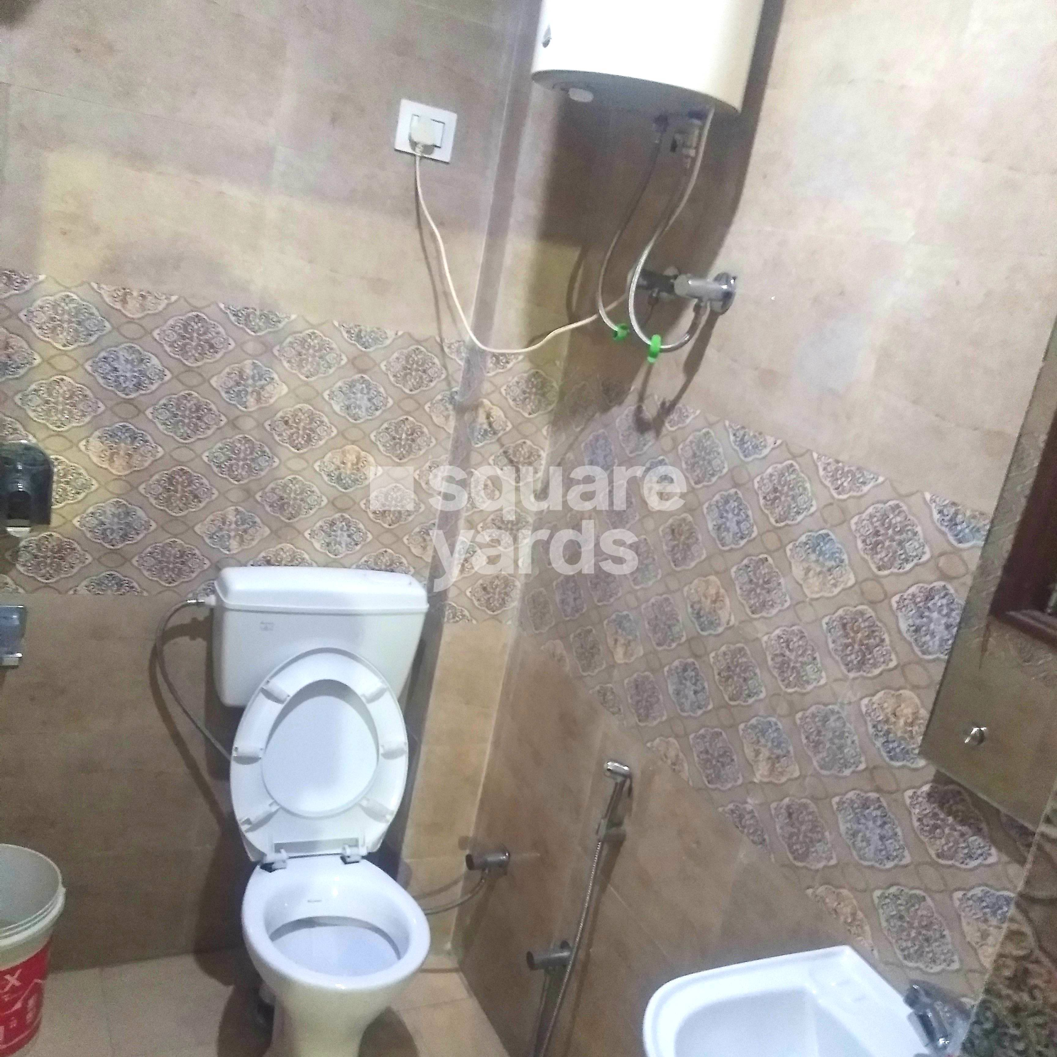 Property-Cover-Picture-dlf-city-phase-3-2792679