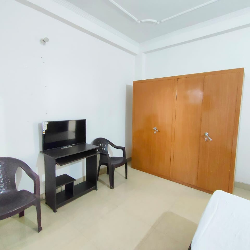 Property-Cover-Picture-jaypee-greens-aman-ii-2828836
